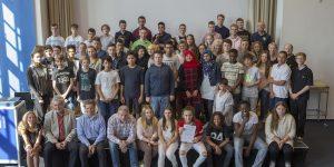 Alle teilnehmenden Klassen 8 - 10 wurden am 06. Juni 2016 im LI für das Projekt HVV-FutureTour ausgezeichnet